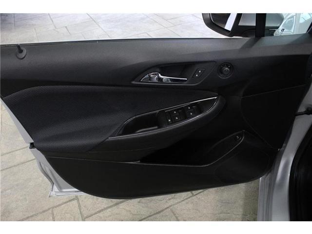 2018 Chevrolet Cruze LT Auto (Stk: 207914) in Milton - Image 11 of 41