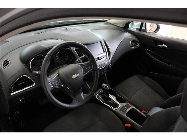 2018 Chevrolet Cruze LT Auto (Stk: 207914) in Milton - Image 13 of 41