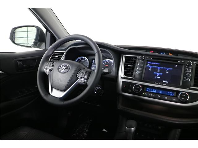 2019 Toyota Highlander LE (Stk: 291967) in Markham - Image 13 of 24
