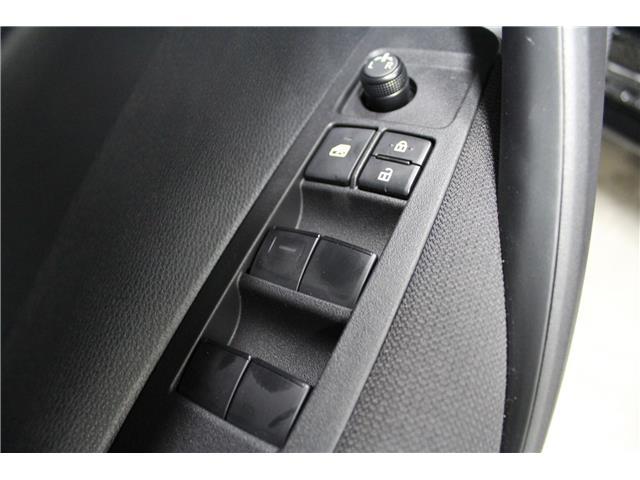 2020 Toyota Corolla LE (Stk: P015720) in Winnipeg - Image 8 of 26