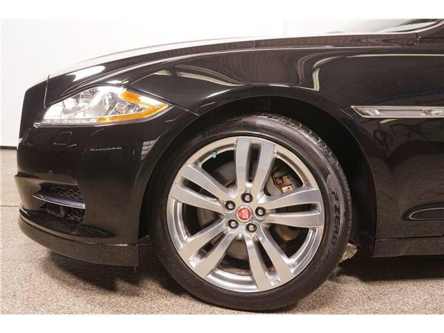 2015 Jaguar XJ 3.0L Premium Luxury (Stk: U6501) in Laval - Image 5 of 30