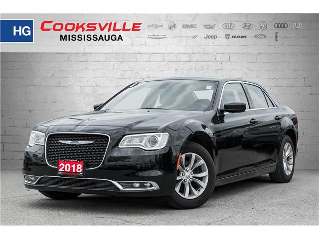 2018 Chrysler 300 Touring (Stk: 7930PR) in Toronto, Ajax, Pickering - Image 1 of 19