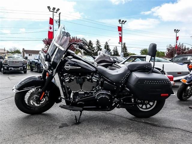 2018 Harley-Davidson  FLHC (Stk: 5711Q) in Burlington - Image 2 of 11