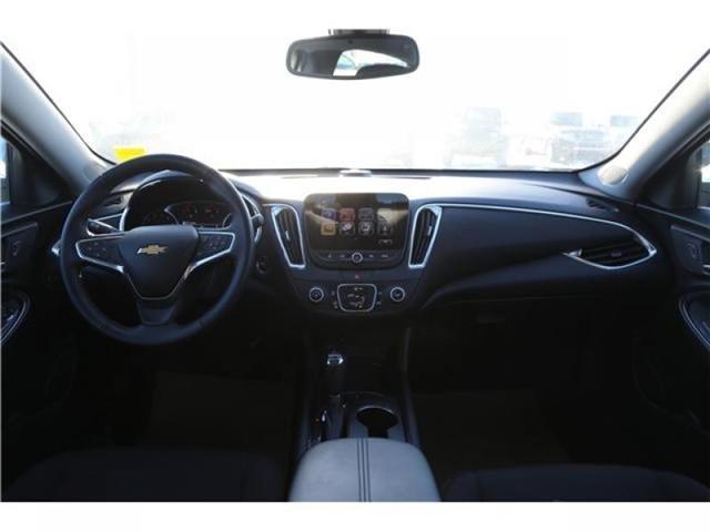 2018 Chevrolet Malibu LT (Stk: 168359) in Medicine Hat - Image 2 of 27