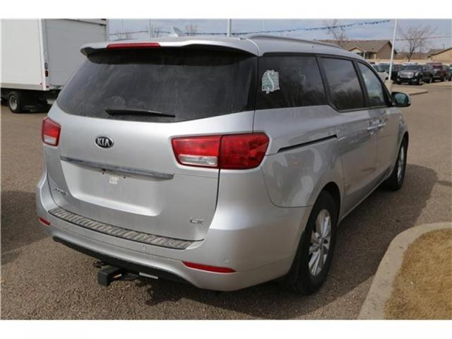 2016 Kia Sedona LX (Stk: 173932) in Medicine Hat - Image 8 of 29