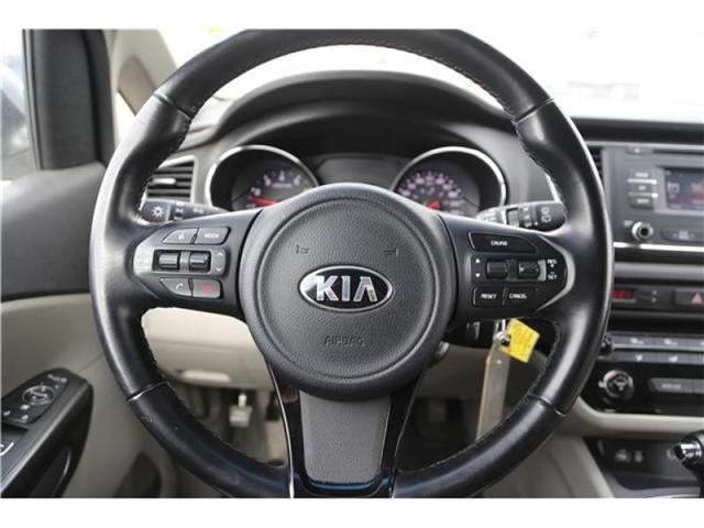 2016 Kia Sedona LX (Stk: 173932) in Medicine Hat - Image 12 of 29