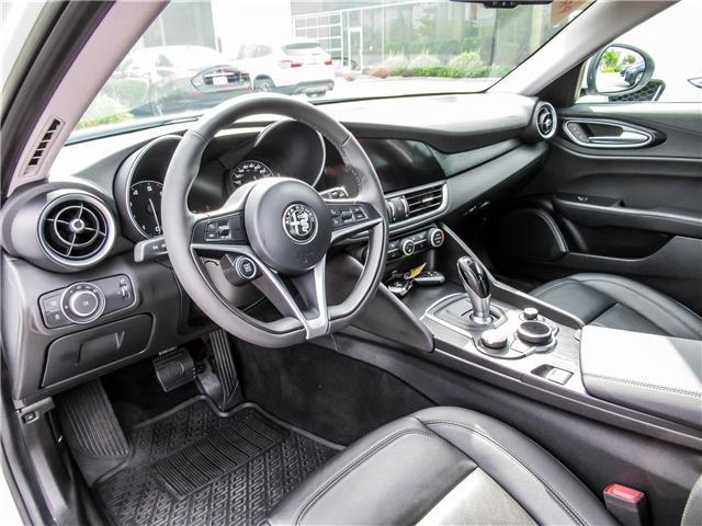 2017 Alfa Romeo Giulia Base (Stk: ALFA284) in Vaughan - Image 9 of 23