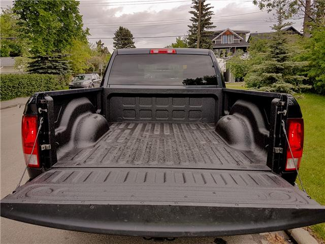 2017 RAM 1500 ST (Stk: NT2957) in Calgary - Image 17 of 28