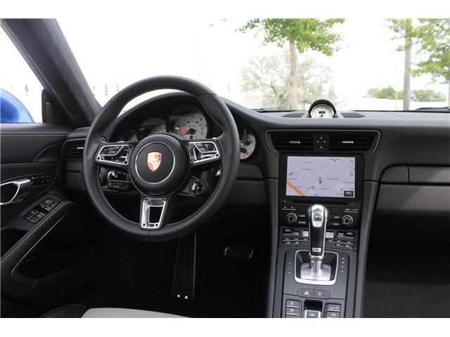 2018 Porsche 911 Turbo (Stk: 16842) in Toronto - Image 17 of 28