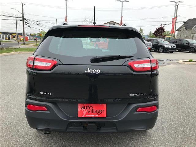 2016 Jeep Cherokee Sport (Stk: P315896) in Saint John - Image 4 of 38