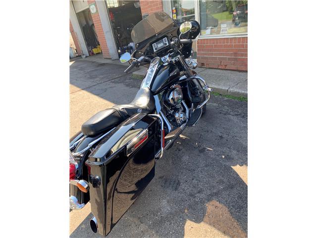 2005 Harley-Davidson FLH ROAD KING  (Stk: ) in Cobourg - Image 2 of 7