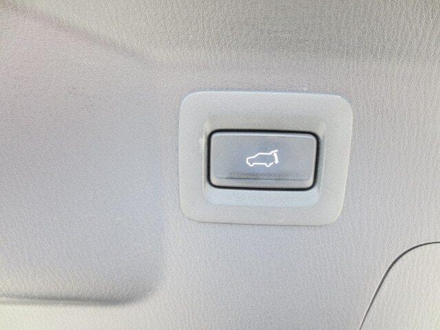 2017 Mazda CX-9 Signature (Stk: M19123A) in Steinbach - Image 12 of 38