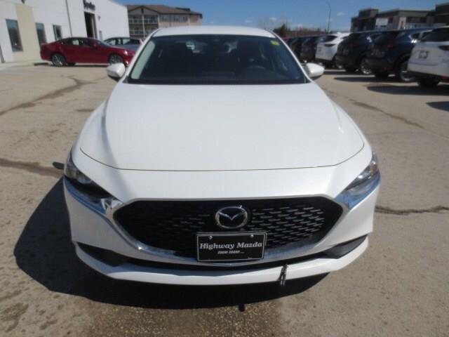 2019 Mazda Mazda3 GS (Stk: M19065) in Steinbach - Image 2 of 27