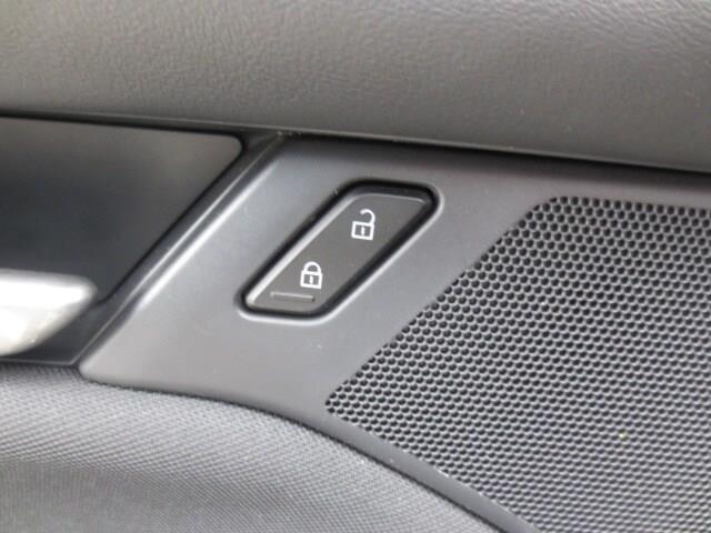 2019 Mazda Mazda3 GX (Stk: M19118) in Steinbach - Image 12 of 27