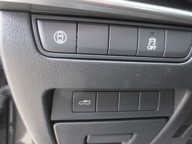 2019 Mazda Mazda3 GX (Stk: M19118) in Steinbach - Image 13 of 27