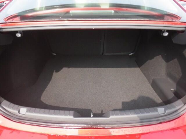2019 Mazda Mazda3 GT (Stk: M19120) in Steinbach - Image 9 of 35