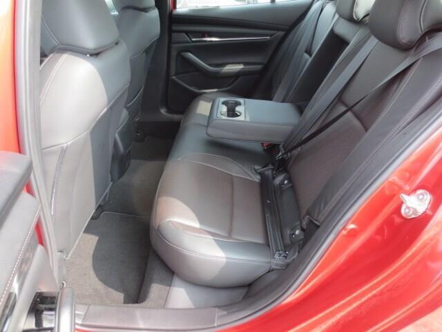 2019 Mazda Mazda3 GT (Stk: M19120) in Steinbach - Image 10 of 35