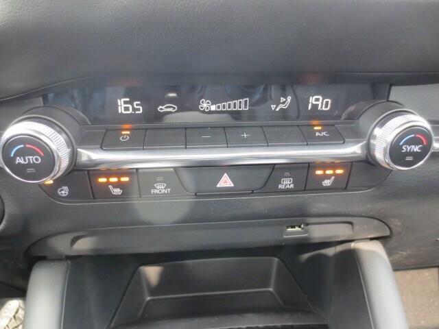 2019 Mazda Mazda3 GT (Stk: M19120) in Steinbach - Image 30 of 35
