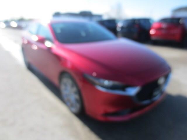 2019 Mazda Mazda3 GT (Stk: M19121) in Steinbach - Image 3 of 30