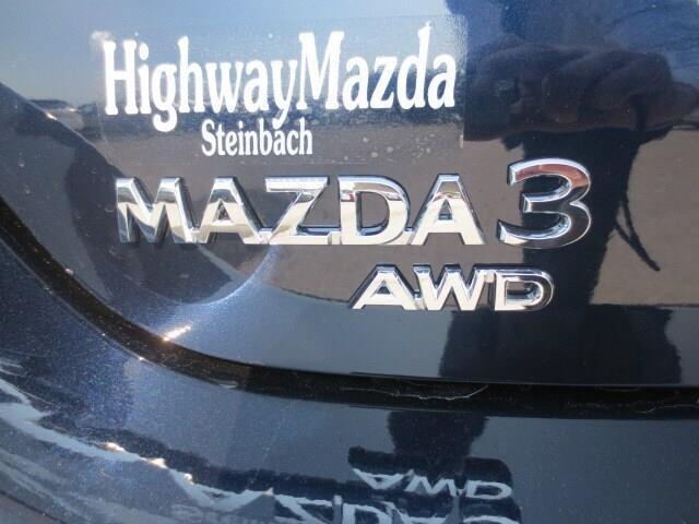 2019 Mazda Mazda3 GT (Stk: M19126) in Steinbach - Image 7 of 37