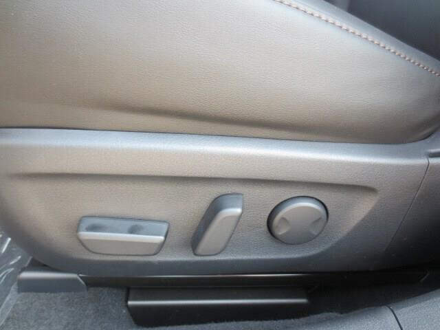2019 Mazda Mazda3 GT (Stk: M19126) in Steinbach - Image 14 of 37