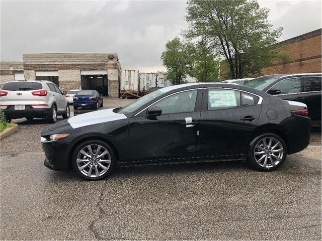 2019 Mazda Mazda3 GT (Stk: 19-394) in Woodbridge - Image 2 of 15
