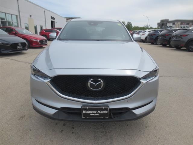2019 Mazda CX-5 Signature (Stk: M19038) in Steinbach - Image 2 of 22