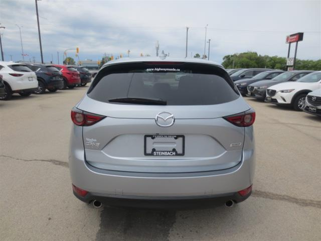 2019 Mazda CX-5 Signature (Stk: M19038) in Steinbach - Image 5 of 22