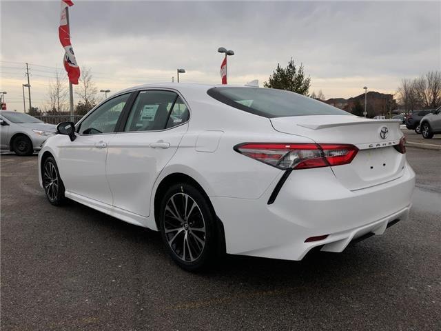 2019 Toyota Camry SE (Stk: 30435) in Aurora - Image 2 of 15