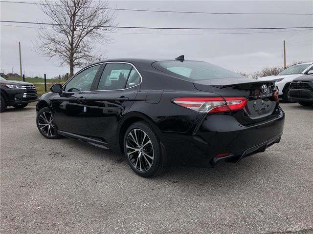 2019 Toyota Camry SE (Stk: 30850) in Aurora - Image 2 of 15