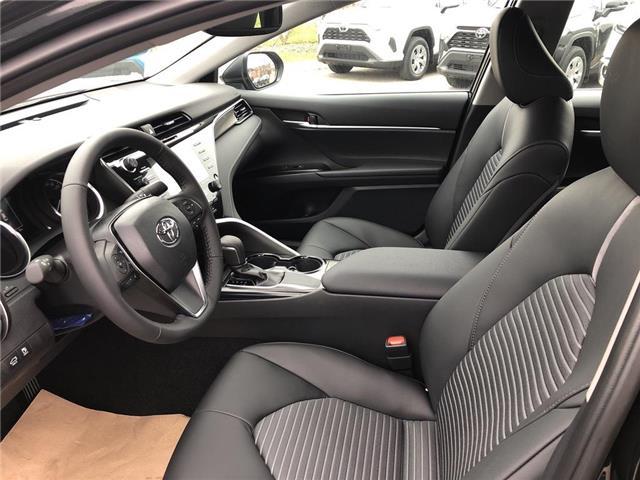 2019 Toyota Camry SE (Stk: 30850) in Aurora - Image 7 of 15