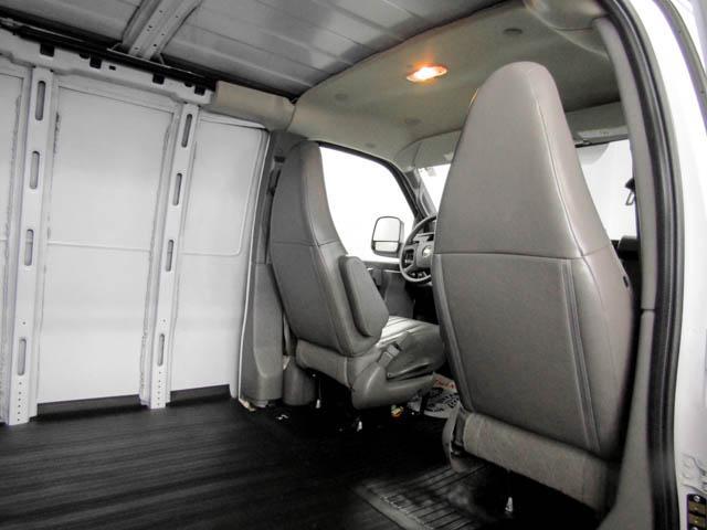 2019 Chevrolet Express 2500 Work Van (Stk: P9-58680) in Burnaby - Image 20 of 24