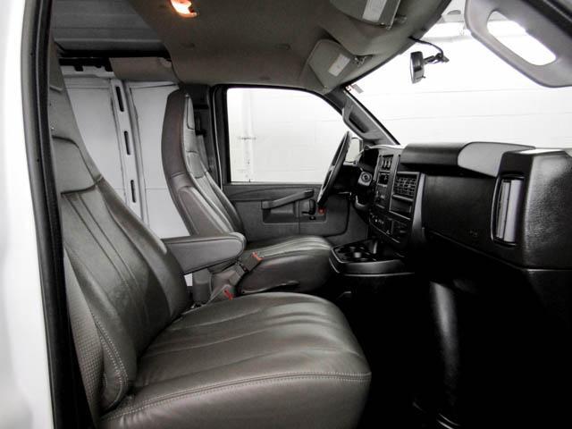 2019 Chevrolet Express 2500 Work Van (Stk: P9-58680) in Burnaby - Image 12 of 24
