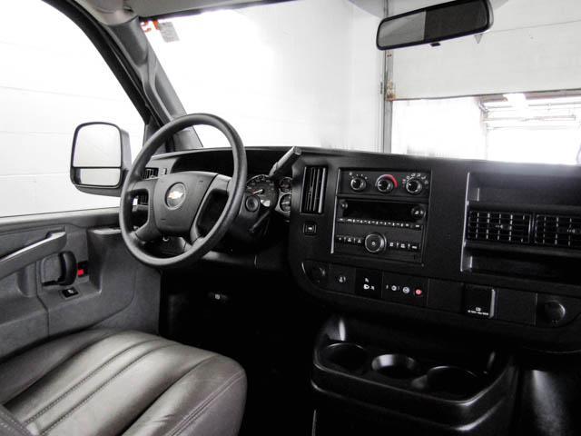 2019 Chevrolet Express 2500 Work Van (Stk: P9-58680) in Burnaby - Image 4 of 24