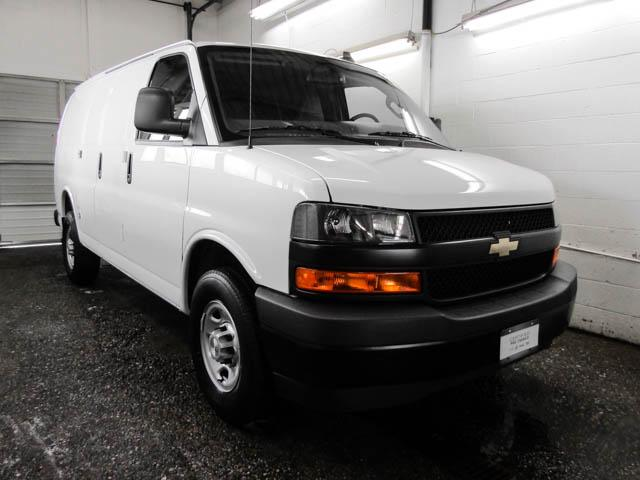 2019 Chevrolet Express 2500 Work Van (Stk: P9-58690) in Burnaby - Image 2 of 22