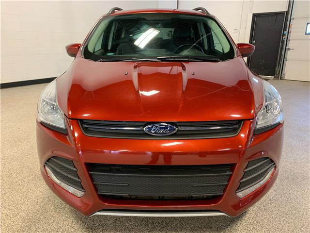 2015 Ford Escape SE (Stk: P12077) in Calgary - Image 2 of 16