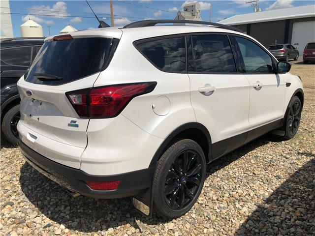 2019 Ford Escape SE (Stk: 9196) in Wilkie - Image 2 of 11
