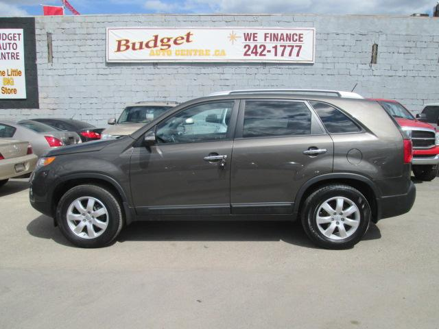 2013 Kia Sorento LX (Stk: bp654) in Saskatoon - Image 1 of 17