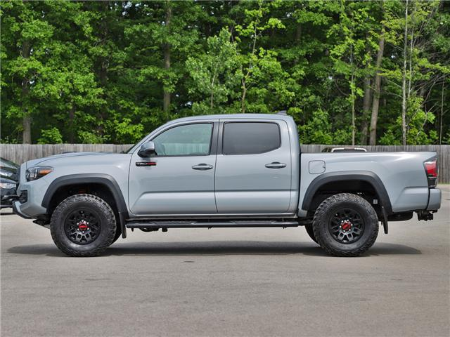 2017 Toyota Tacoma TRD Off Road (Stk: P3470) in Welland - Image 2 of 24