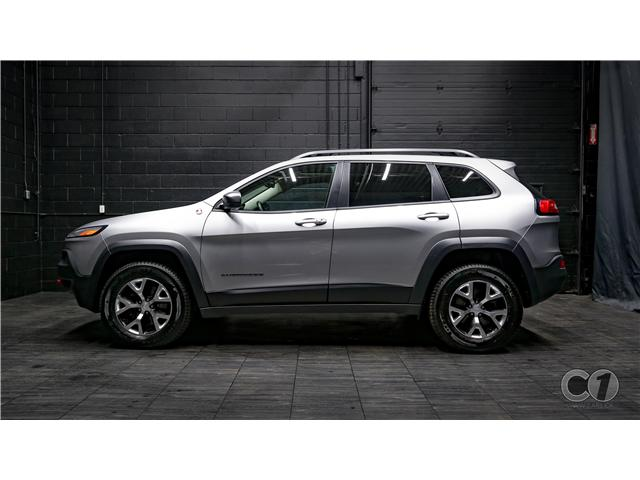 2017 Jeep Cherokee Trailhawk (Stk: CT19-229) in Kingston - Image 1 of 35