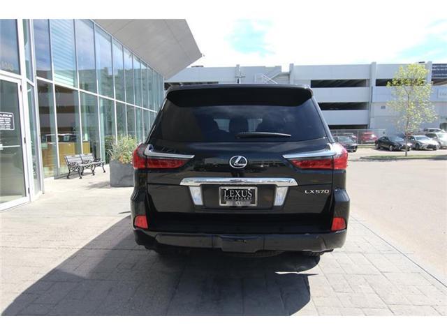2017 Lexus LX 570 Base (Stk: 3942A) in Calgary - Image 7 of 26
