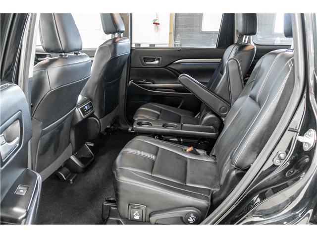 2018 Toyota Highlander XLE (Stk: P9075) in Walkerton - Image 10 of 27