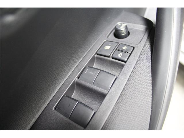 2020 Toyota Corolla LE (Stk: P021099) in Winnipeg - Image 8 of 26