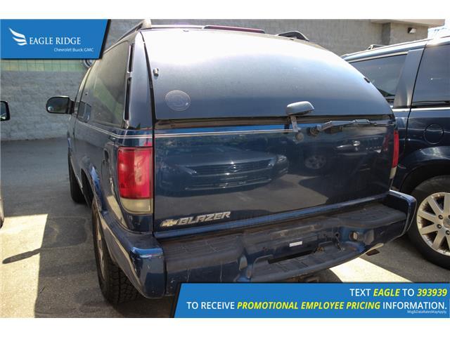 2005 Chevrolet Blazer LS ZE5 (Stk: 058442) in Coquitlam - Image 2 of 3