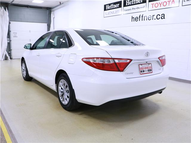 2015 Toyota Camry LE (Stk: 195438) in Kitchener - Image 2 of 31