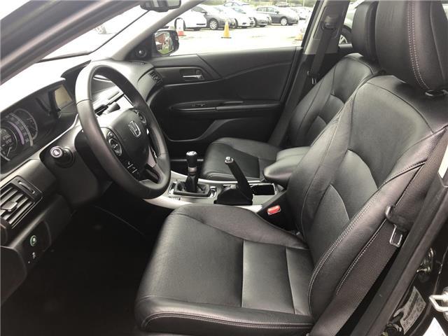 2015 Honda Accord Touring (Stk: 5282) in London - Image 7 of 29