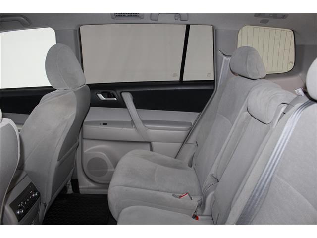 2012 Toyota Highlander V6 (Stk: 298525S) in Markham - Image 19 of 25