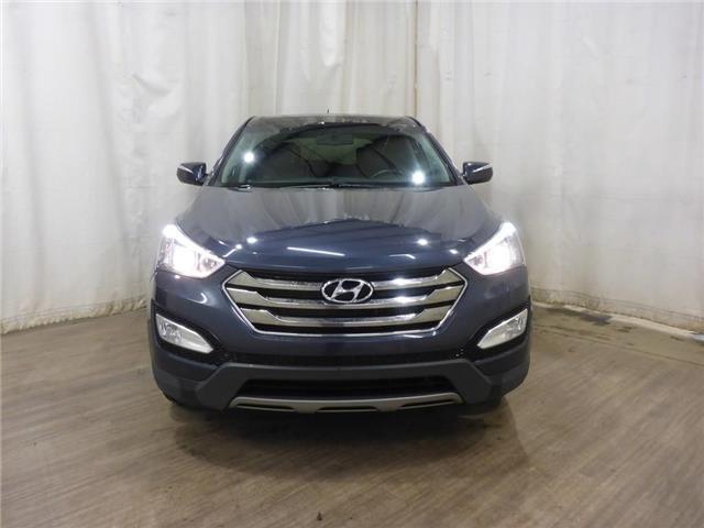 2013 Hyundai Santa Fe Sport 2.0T SE (Stk: 19051481) in Calgary - Image 2 of 25
