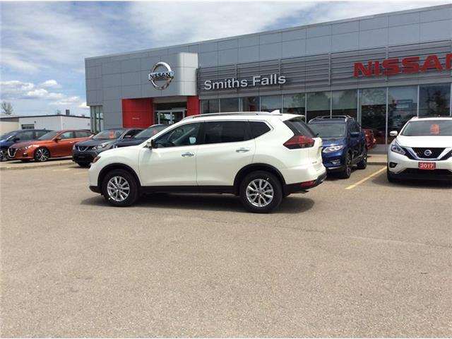 2019 Nissan Rogue SV (Stk: 19-249) in Smiths Falls - Image 2 of 13