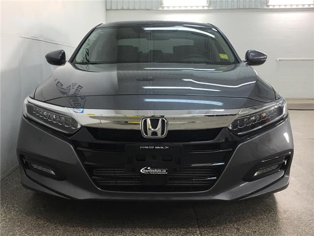 2018 Honda Accord Touring 2.0T (Stk: 34989W) in Belleville - Image 4 of 30